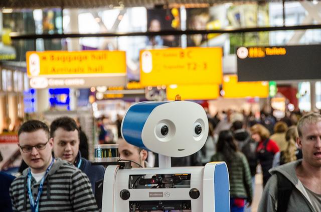 Tecnología mejora la experiencia de pasajeros en aeropuertos