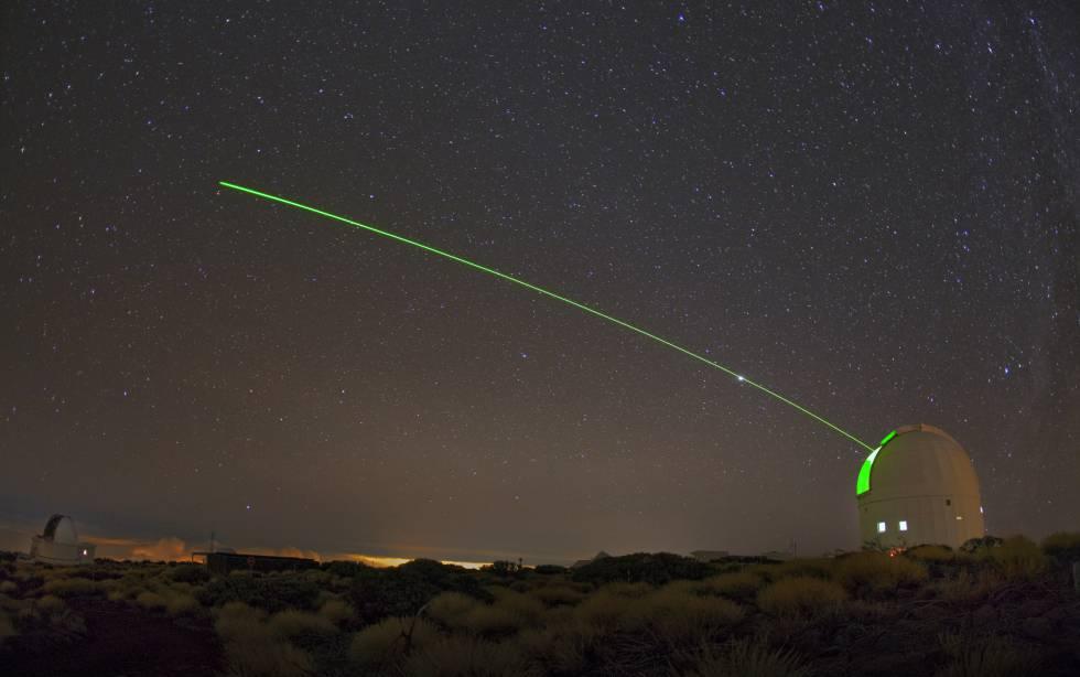 Un láser disparado desde el Teide para desintegrar basura espacial