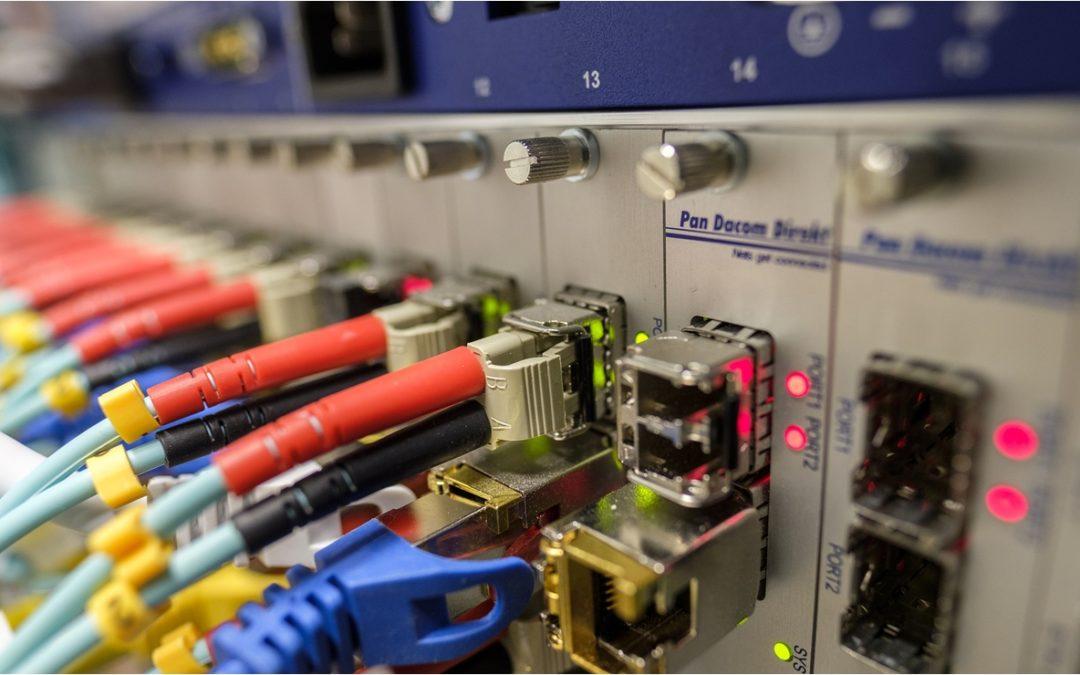 México, por debajo del promedio de conexión a Internet con fibra óptica